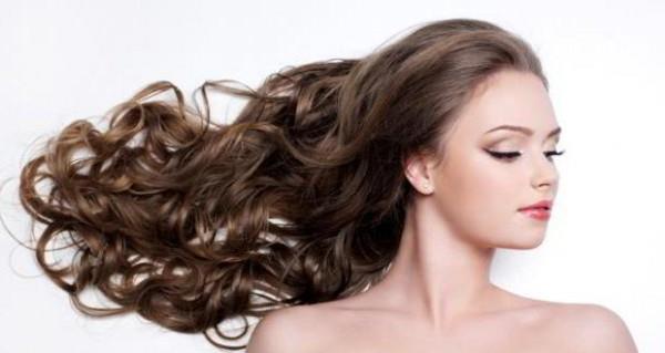 На сколько отрастают волосы за год