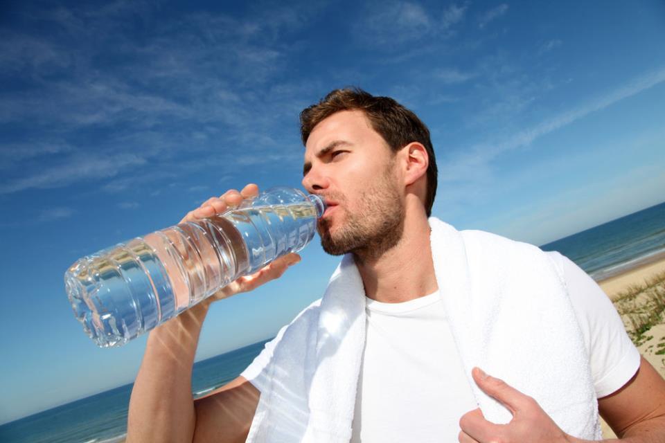 Если не растет борода, старайтесь пить больше воды