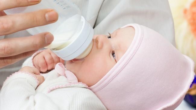 Больше одного литра можно перевозить детское питание, например молочную смесь. Ведь грудные дети питаются каждые 2-3 часа
