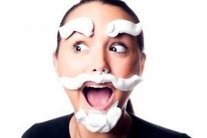 Причиной появления бороды могут быть даже косметические средства