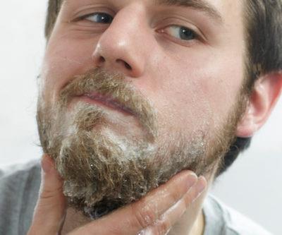 Для волос или для бороды: что выбрать?