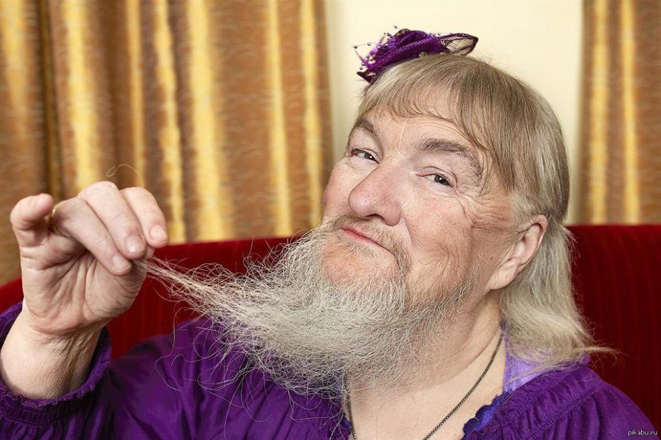 К чему снится женщине борода на лице фото