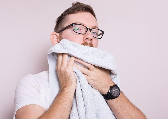 Мытье бороды