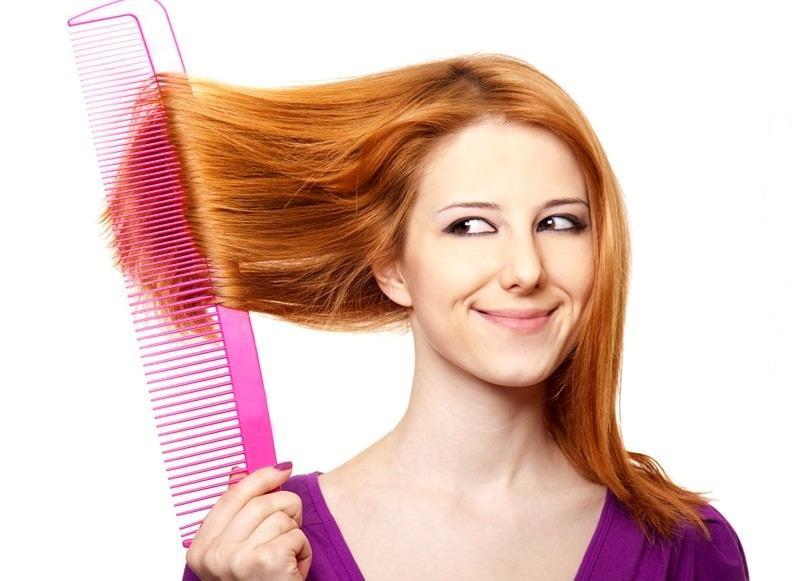 Сухие посеченные кончики волос маслом