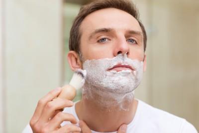 Крем для бритья не забивает поры и увлажняет кожу