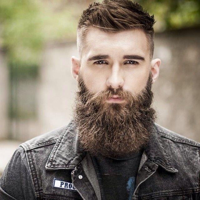 Красиво отрощенная борода