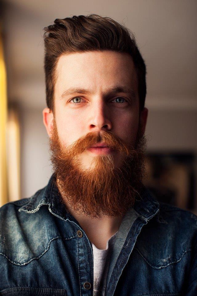Почему растут рыжие волосы на бороде у